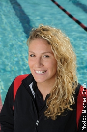 CSUEB waterpolo player Jayme Pekarske