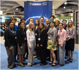 DOE intern presenters at the 2010 AAAS conference. Photo Credit: Shannon Dunphy