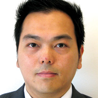 Head shot of Scott Fung, assistant professor of finance, at Cal State East Bay