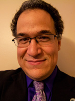 Head shot of Associate Professor Hernandez.